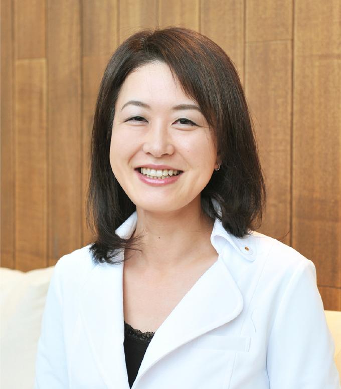 平田 彩子 Ayako Hirata